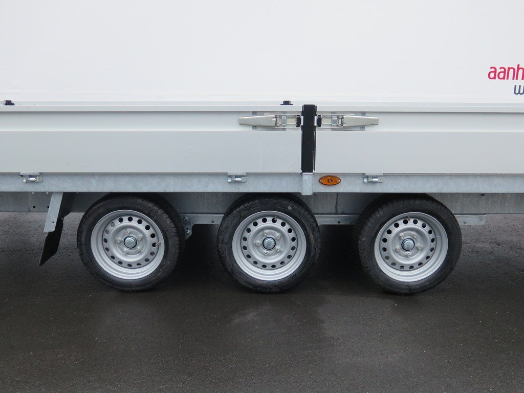 Proline plateauwagen 503x202cm 3500kg verlaagd tridemas Aanhangwagens XXL West Brabant 3-as
