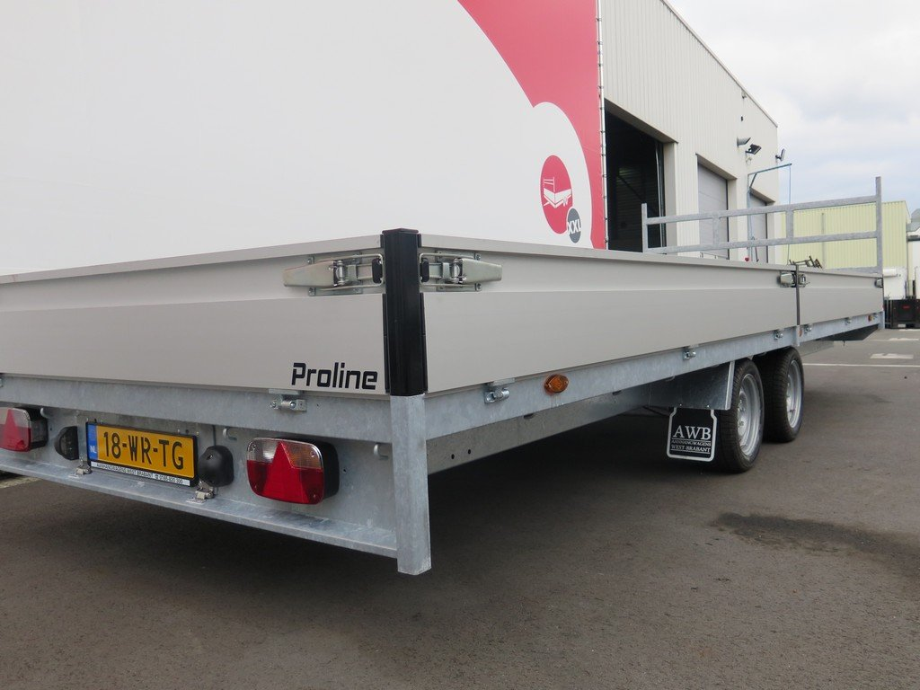 Proline plateauwagen 603x222cm 2700kg verlaagd Aanhangwagens XXL West Brabant 2.0 zijkant Aanhangwagens XXL West Brabant