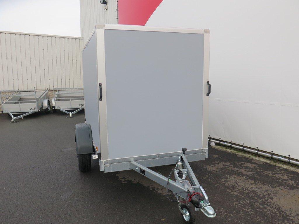 Saris gesloten aanhanger 256x134x150cm 1350kg grijs Aanhangwagens XXL West Brabant voorkant Aanhangwagens XXL West Brabant